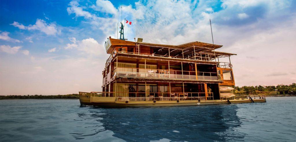Delfin I amazon cruise, river cruise, amazon jungle