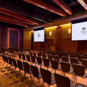 cuztl-auditorium-9501-hor-clsc
